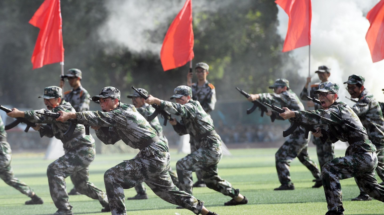 強國有我!華中科大軍訓匯演場面震撼
