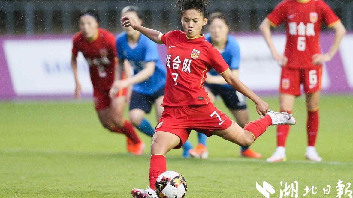 王霜一球一助攻 联合队2:1逆转江苏队