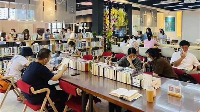 武昌首个城市书房建成开放