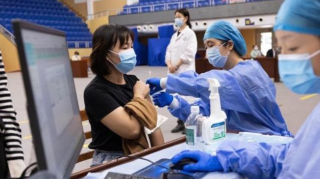 武汉启动新冠疫苗加强免疫接种