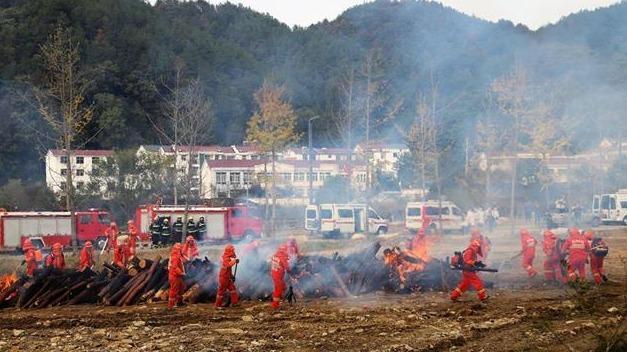 湖北黄冈、安徽六安联合森林防灭火演练