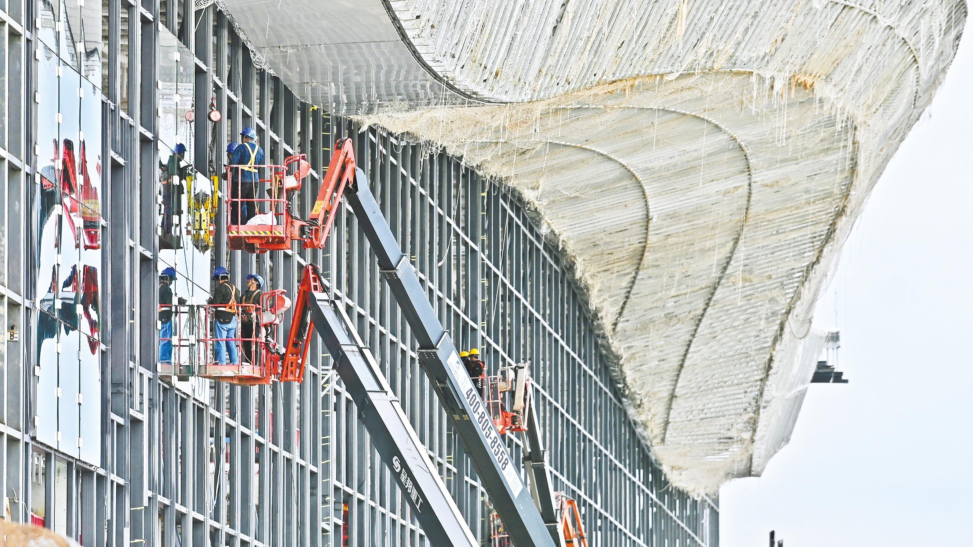 三峡机场T2航站楼建设提速
