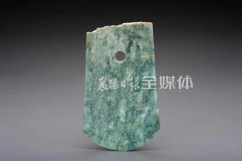 襄阳古遗址出土高等级玉器 将保康历史向前推进了1600年至1800年