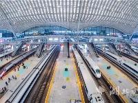 武汉站日最高开行客车达473列