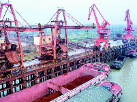 鄂州三江港实现铁水联运 长江中游多式联运再添支点