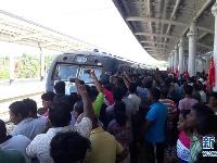 中企承建斯里兰卡南部铁路项目试通车