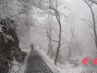 看大雪封山的武当最美雪景!