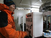 中国南极泰山站雪下工程探秘