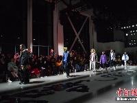跨界时装秀亮相纽约时装周T台
