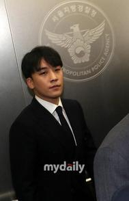 胜利事件引发韩娱乐圈大震荡 YG市值缩水近12亿