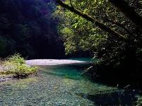 湖北鹤峰牛洞口秘境成旅游新网红