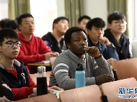 非洲青年楚柯:我在中国学种田