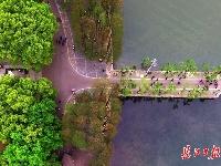 人间四月天,武汉东湖春意浓
