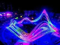 """1.8万盏灯点亮夜空,武汉光谷广场""""星河""""璀璨"""