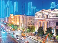 武汉夜色越来越美 长江主轴两岸亮起1800余盏新型路灯