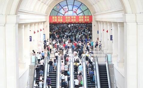 武孝城际、武咸城际下月打通:咸宁坐城际动车可直达天河机场
