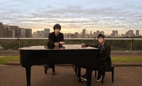 阿信发文谈与周杰伦合作 称新歌是隽永经典