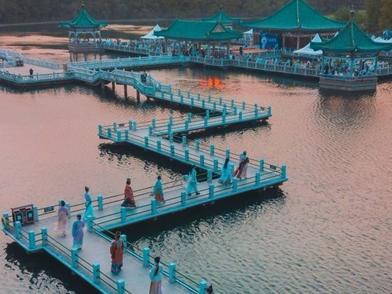 """三天42.55 万人游东湖,这个中秋武汉""""城市绿心""""猛刮中国风"""