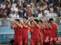 林良铭补时绝平!中国国奥热身赛1-1朝鲜