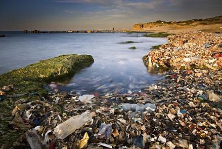 希腊治理海岸污染 禁止使用一次性塑料制品