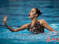 """""""水上芭蕾""""武汉绽放"""
