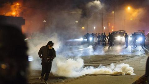聚焦美国骚乱