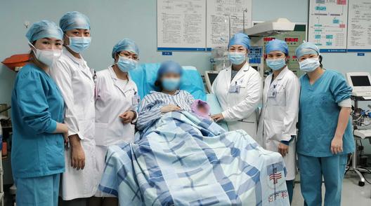 深圳首名无症状感染孕妇康复后产下自带抗体男婴