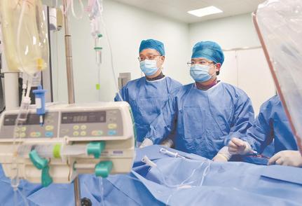 国家集采心脏支架落地 百余江城患者用上平价心脏支架