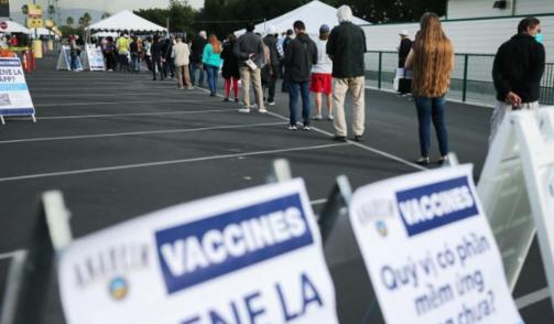 60%的美国人对美政府新冠疫苗相关工作不满意