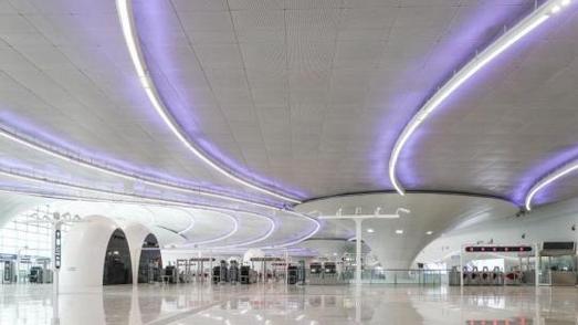 探访北京地铁环球度假区站